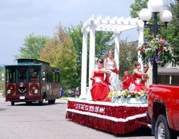 Royalty Float in Parade